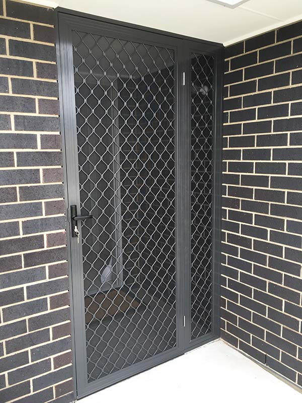 Diamond Grille Security Door With Sidelight Panel To Close